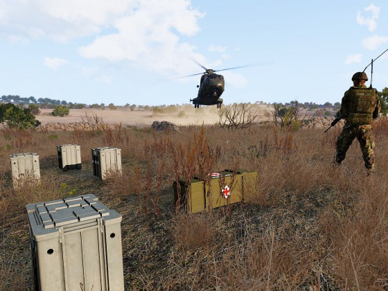 Logistik Helikopter kurz vor der Landung
